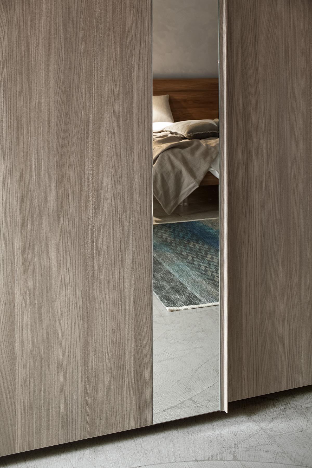 armadio-inserto-specchio