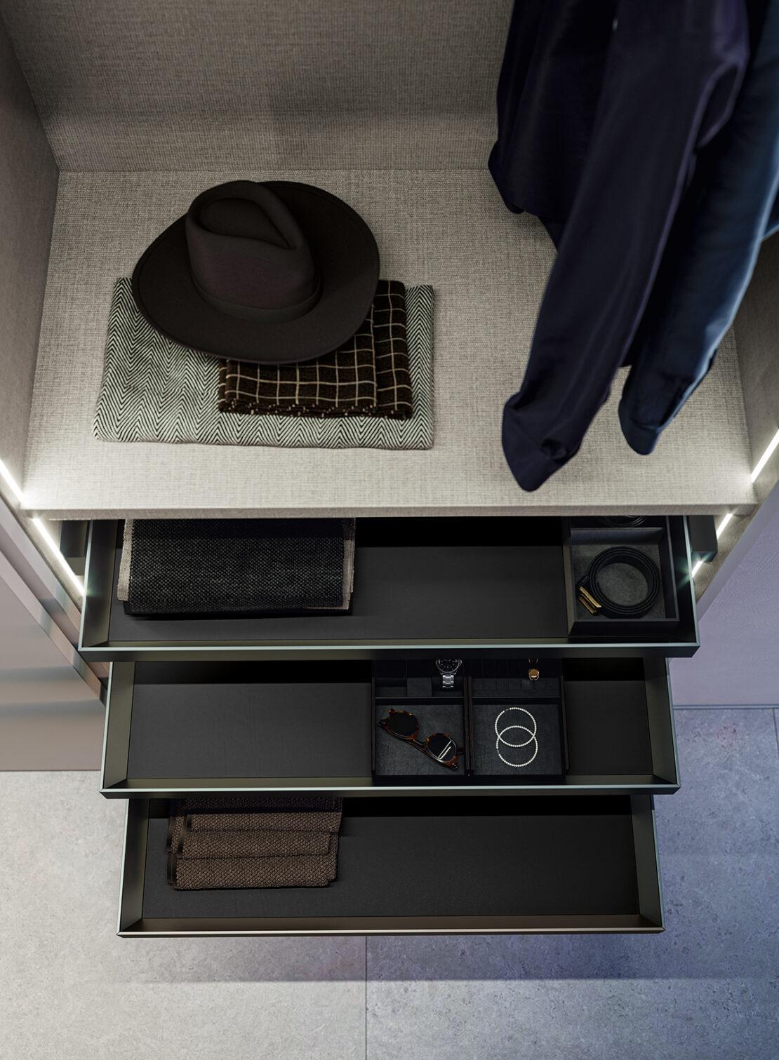 cassetti armadio accessoriati